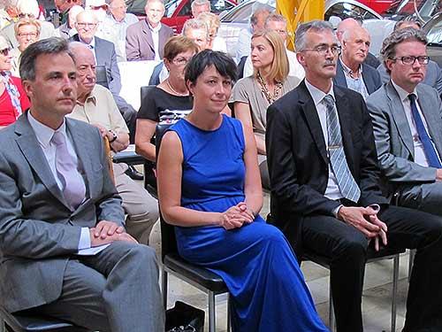 Von links: Bürgermeister Siegfried Nagl, Vizebürgermeisterin Martina Schröck, Magna-Manager Wolfgang Zitz und Landtagsabgeordneter Christopher Drexler.