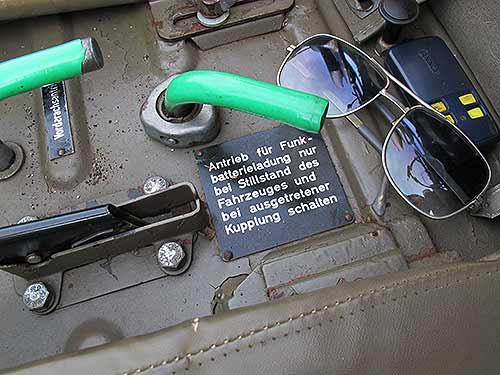 Bundesheer-Haflinger mit Zusatzbatterie für die Funk-Anlage