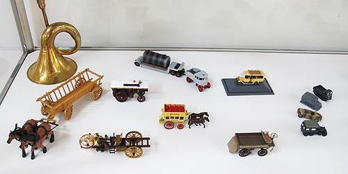 LKW-Historie vom Beginn an, in Miniaturen nachgestellt