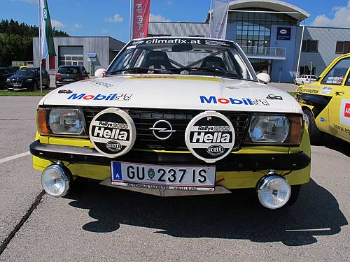 Monika Fikerments Youngtimer: Opel Ascona i2000