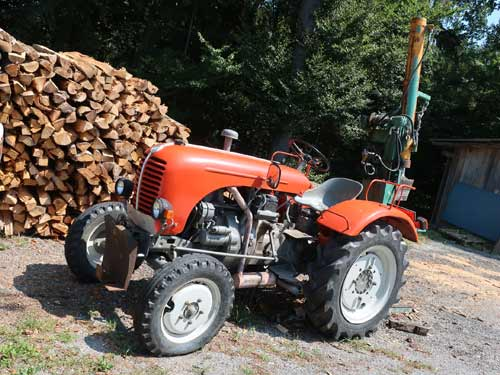 Jubiläumsserie bei der Holzarbeit